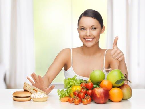 ăn kiêng trị mụn