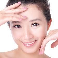 san-pham-dam-dac-cho-da-nhon-bi-mun-normalizing-skin-complex